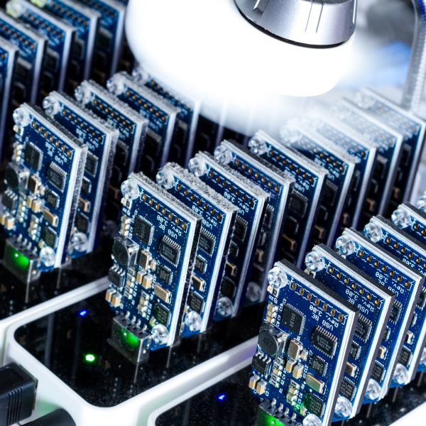 Iranian officials seize 1,000 illegal Bitcoin mining machines